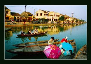 Phát triển kinh  tế các tỉnh dải ven biển miền trung BÀI 2:Nhiều khó khăn, thách thức