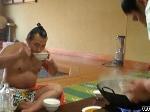 Bí quyết ẩm thực của võ sĩ sumo
