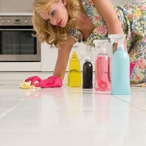 Lau dọn nhà cửa có thể nguy hiểm cho những phụ nữ bị hen suyễn